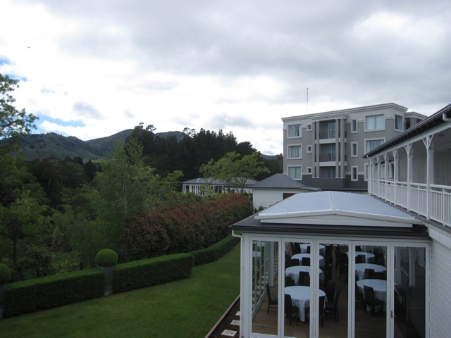 Hilton_Taupo_rear