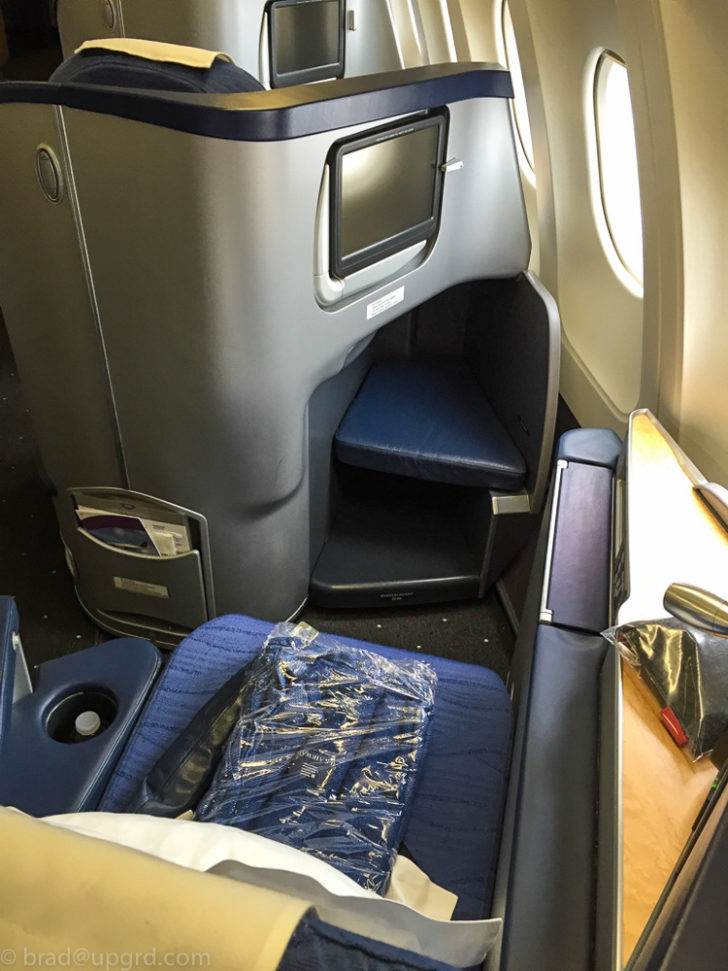us-a330-business-seat