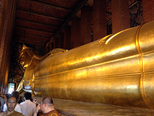 picture of the reclining buddha
