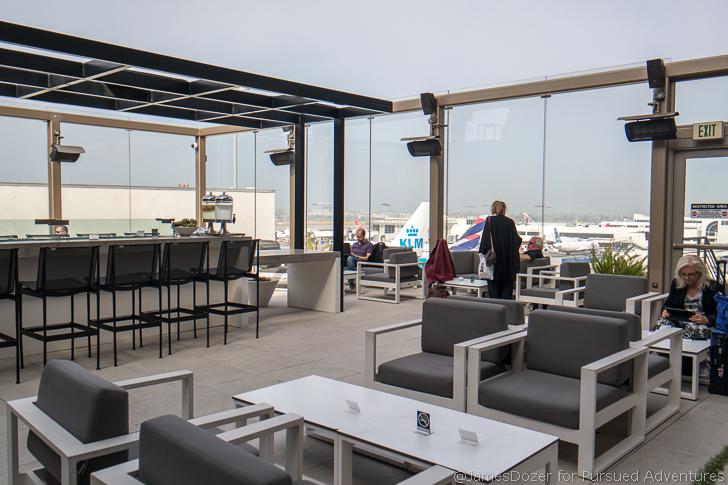 Star Alliance Lounge LAX outdoor deck